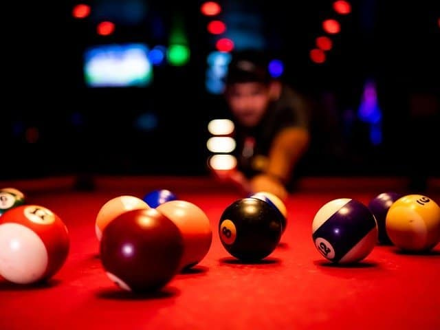 3 Reasons Why Softball Players Should Try Playing Pool